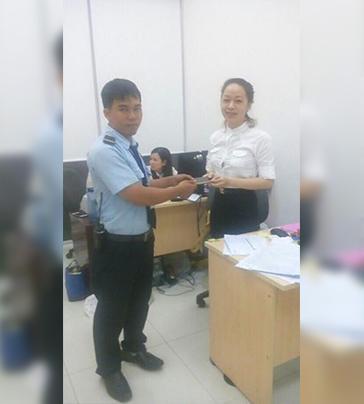 nhan-vien-bao-he-vgs-pham-duc-binh-tam-guong-viec-tot-1491539309.jpg